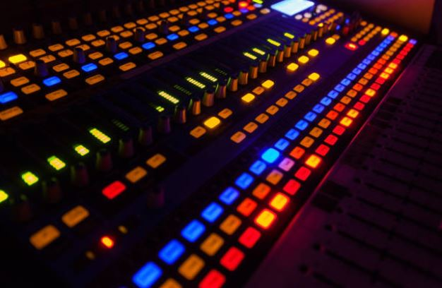 best analog mixer for live sound