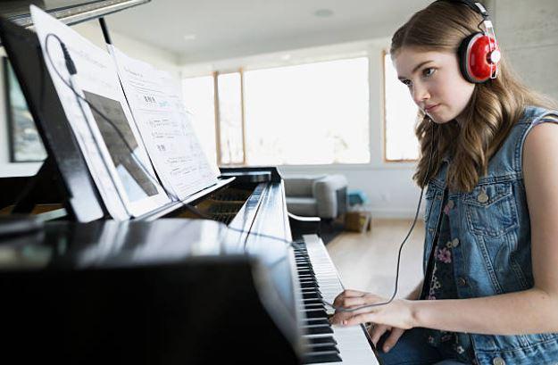 Piano Class Review