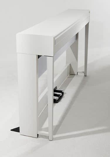 futuristic design of korg c1