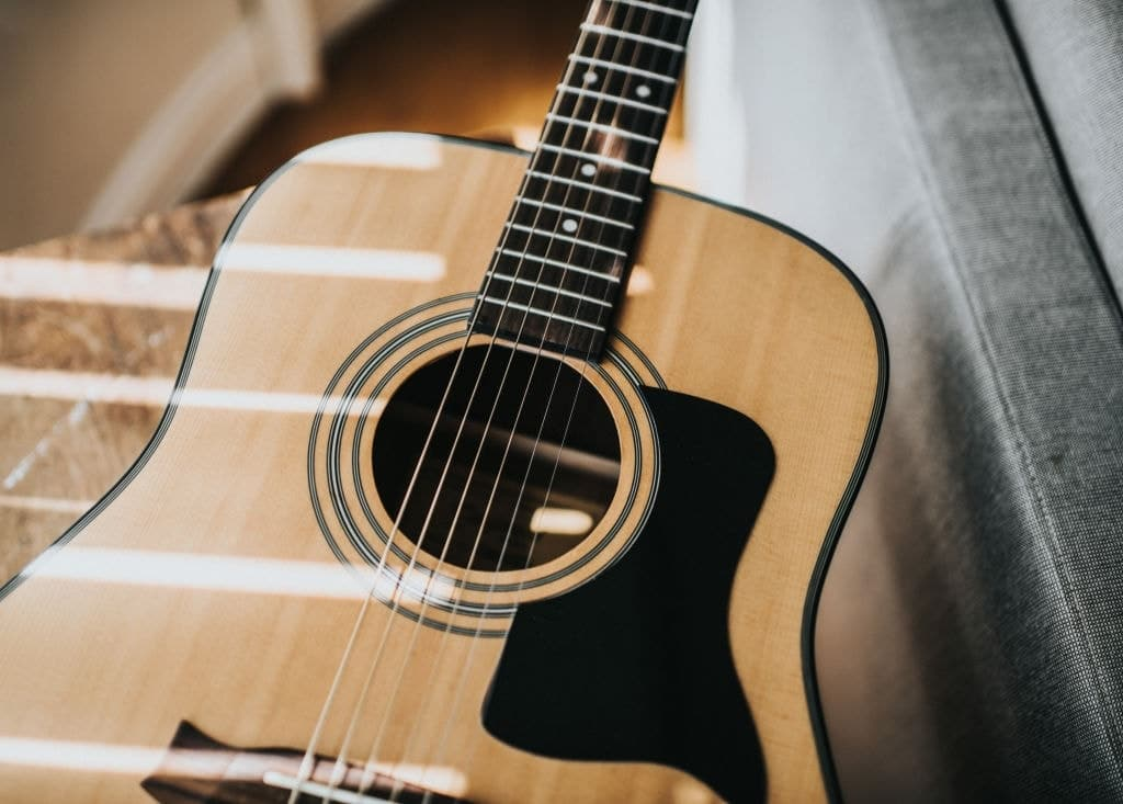 5 Of The Best Acoustic Guitars with Indeed Low Action Height