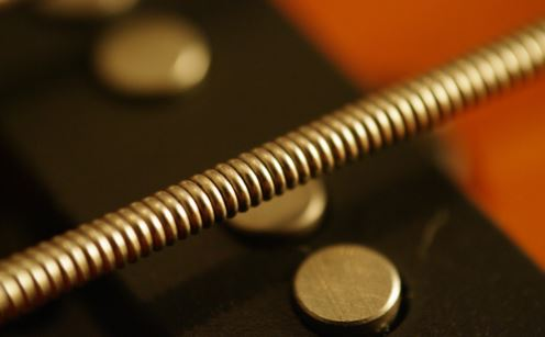 Bass Strings and Different Types For Metal and Punk