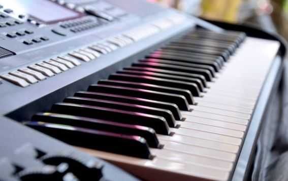Types of Digital Pianos - Different Types